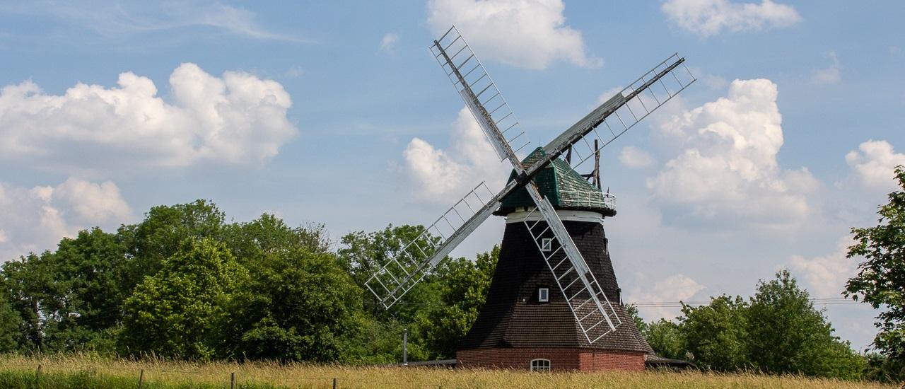 Norddeutschland: Windmühlen, Windräder und Fischbrötchen