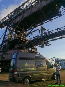 Camping unter dem Big Wheel